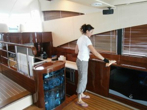 end of lease cleaning boat interior
